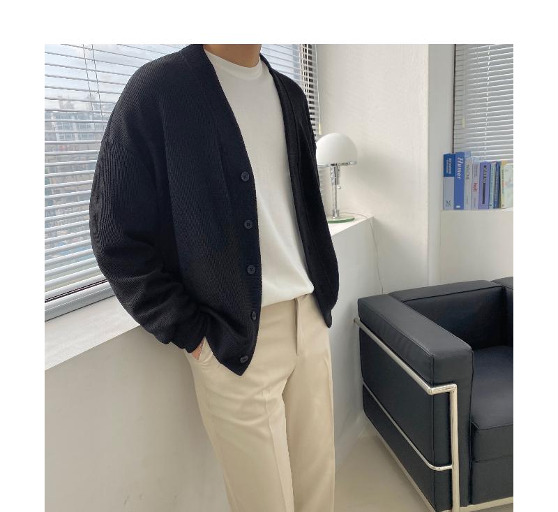 긴팔 티셔츠 모델 착용 이미지-S1L45