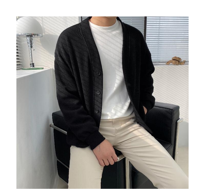 긴팔 티셔츠 모델 착용 이미지-S1L47